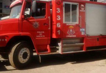 Bomberos Zapadores recuperaron autobomba que se había incendiado