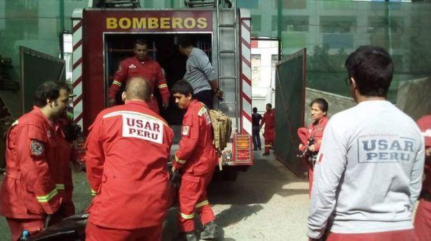 Bomberos peruanos viajan a Ecuador tras terremoto