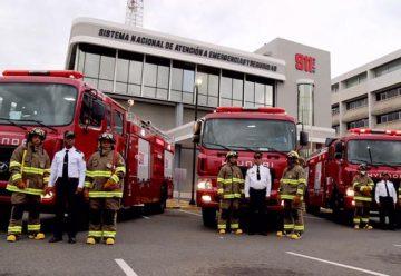 Liga Municipal dona camiones de bomberos