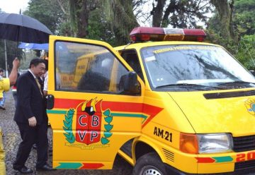 Taiwán dona ambulancia a bomberos de Areguá