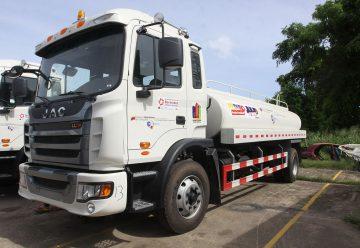 Bomberos cuentan con nuevo camión cisterna en Carúpano
