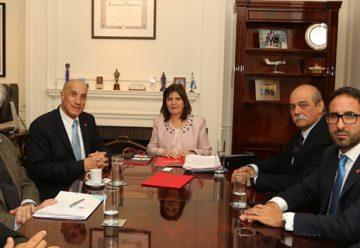 Reunión entre las autoridades del Consejo Nacional y el ministerio de seguridad
