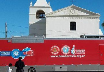 El Centro móvil de entrenamiento para Bomberos en Santa Lucia