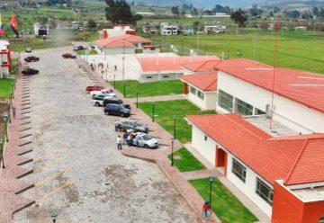 Bomberos de Ecuador tienen su centro de capacitación