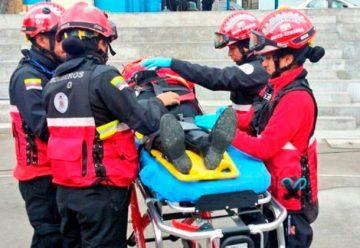 Los Bomberos de Quito festejan su día exhibiendo su trabajo