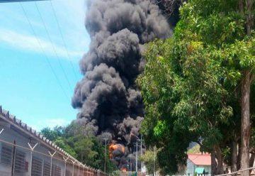 Controlan incendio en refinería de Puerto La Cruz