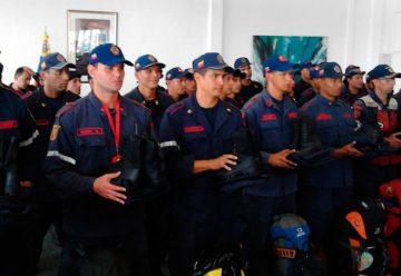 Venezuela envió 80 bomberos para colaborar en Chile