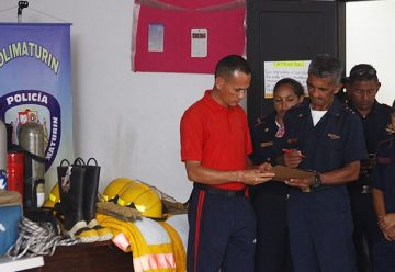 Polimaturín entregó equipos de rescate a Bomberos Municipales