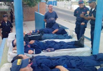Huelga de hambre del personal jubilado de Bomberos