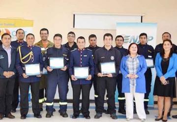 Bomberos de Hualpén y Talcahuano reciben capacitación