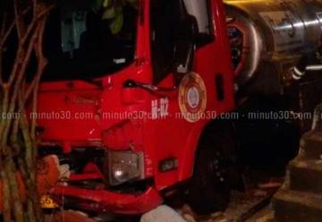 Carro de Bomberos colisionó contra una vivienda en Itagüí