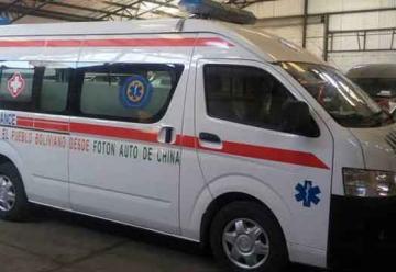 Donan ambulancia a bomberos voluntarios «Caballeros de Fuego»