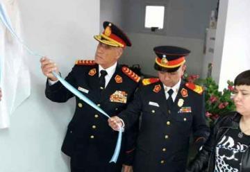 Colocaron nombre del bombero Gramajo a guardia del Cuartel