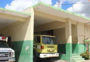Bomberos de Higüey realizan su trabajo con escaso personal