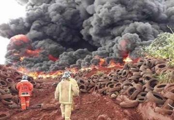 Incendio de gran magnitud en vertedero municipal