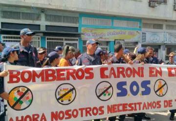 Bomberos protestaron por no contar con ningún vehículo para incendios