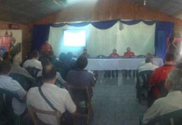 Capacitaron a cuerpos de bomberos voluntarios en Montecarlo