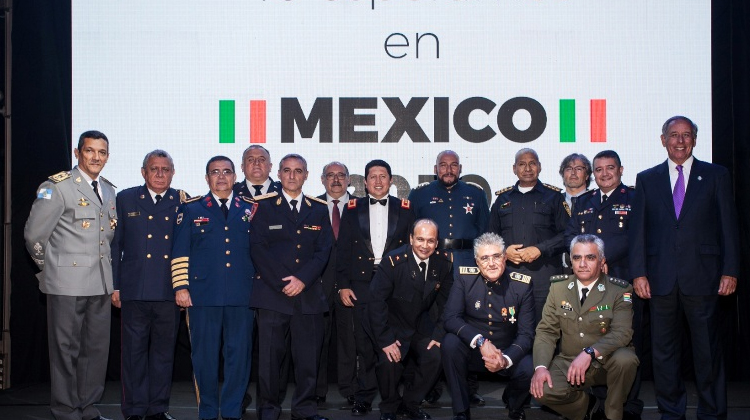 Encuentro Iberoamericano de bomberos en Quito