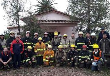 Bomberos del Chaco se capacitaron en incendios estructurales