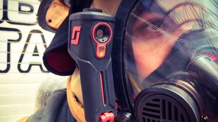 Bomberos se equipan con cámaras infrarrojas