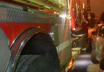 Camión de Bomberos colisionó con vehículo liviano