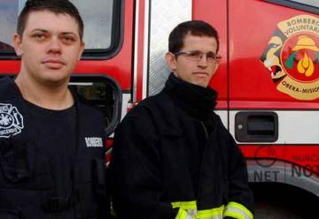 Los bomberos, no sacan chapa, tienen timidez y no andan contando lo que hacen a diario
