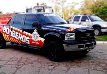 Bomberos Santa Elena presento un nuevo vehículo