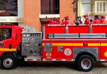 Zaragoza cuenta con nuevo carro de bomberos