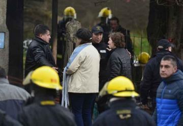 Polémica por el desempeño de los bomberos en el incendio fatal