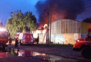 Se incendió un galpón en Quilmes Oeste