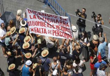 Bomberos protestan por la falta de personal en Alicante