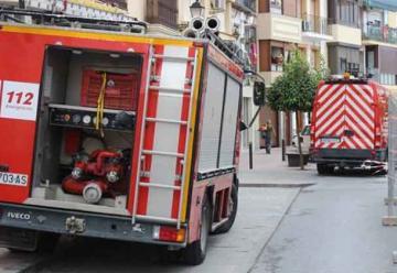 Bomberos denuncian que sólo pueden usar dos de sus siete vehículos