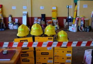 Federación Misionera de Bomberos entregó elementos