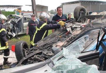 Bomberos de Temuco viajaron a capacitarse a Francia