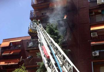 Bombero sufre un infarto cuando apagaba un incendio
