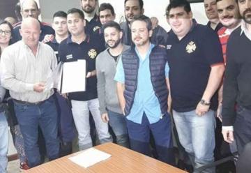 Bomberos Voluntarios de Iguazú recibieron un subsidio