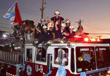 Bomberos de Guayaquil celebra 182 años de fundación