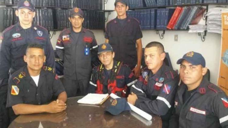 Bomberos de San Cristóbal en crisis y emergencia