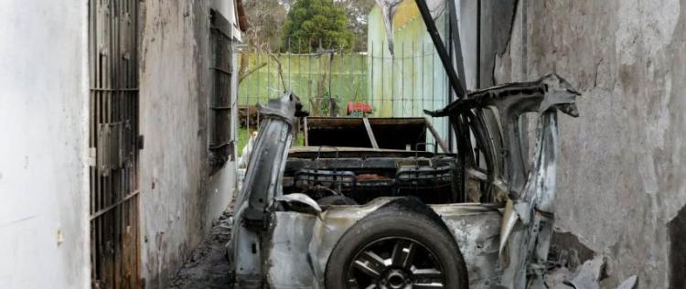 Un bombero resultó gravemente herido en una explosión