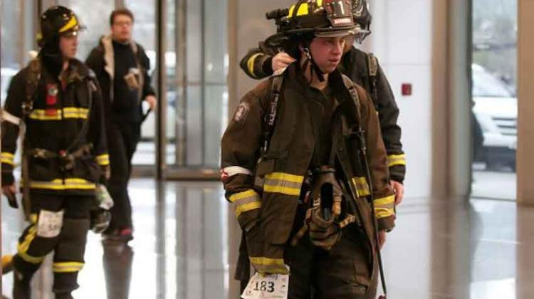 Bomberos subieron 60 pisos para incentivar donación de órganos