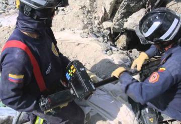 Bomberos de Bogotá apoyarán labores de rescate en México