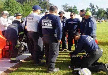 Bomberos ecuatorianos culminaron labor en México
