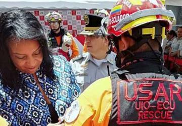 Bomberos fueron condecorados tras su labor en México