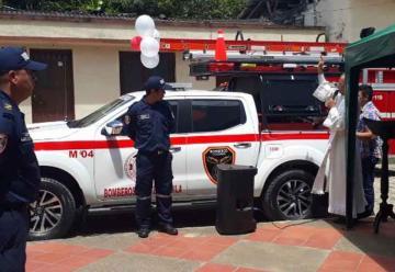 Moderna camioneta para Bomberos del municipio de Huila