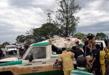 Vuelco fatal de ambulancia en Encarnación