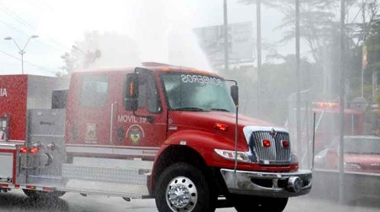 3 pueblos estrenarán nuevos y modernos carros de bomberos