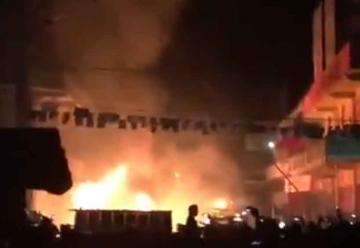 Bombero voluntario muere en incendio en Mercado Minerva