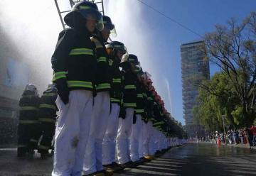 Cadetes de bomberos finalizaron su año de preparación