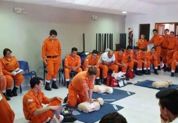 Bomberos de Cordoba participaron en un curso de socorrismo