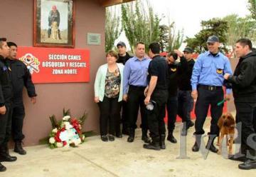 Inauguran remodelación de área Canes de Rescate en Bomberos